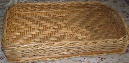 Лоток с плетеным дном